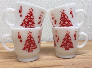 Milk glass is so classically vintage, and so are the Christmas trees.