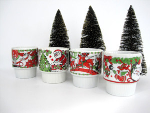 All is merry and bright with these mugs!